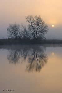 Foggy-Sunrise-on-the-Kalamazoo-River